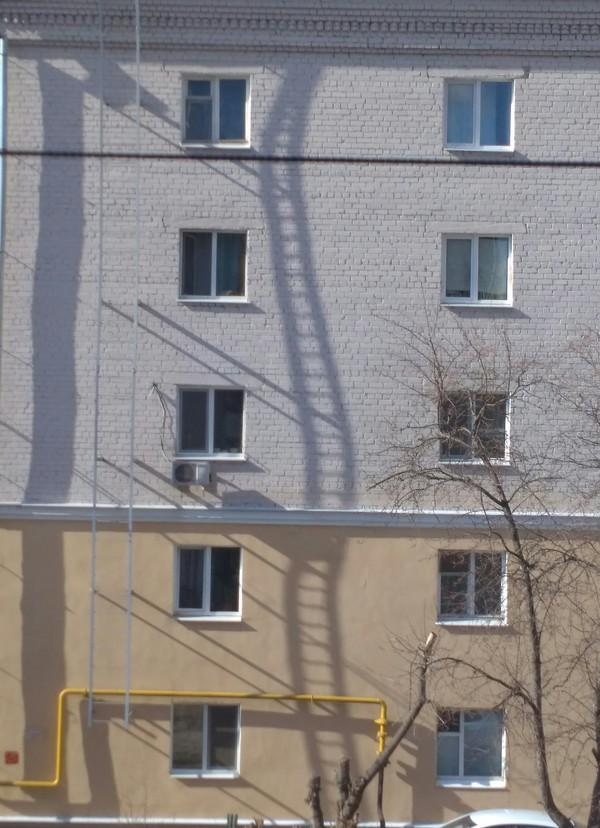 Лестница в сюрреализм.