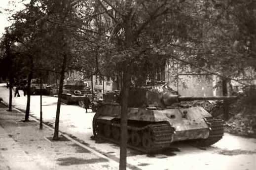 Битва за Берлин — последний бой «Королевских Тигров» королевский тигр, танки, сражение, Берлин, длиннопост