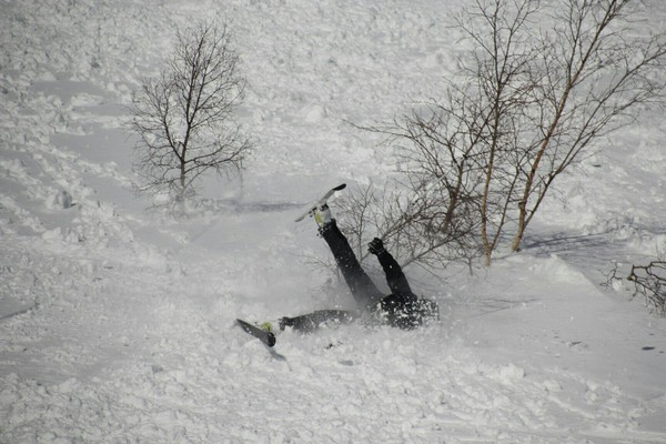 ef9776755aff Когда думаешь, что ты крутой лыжник Фрирайд, Горные лыжи, Горы, Падение