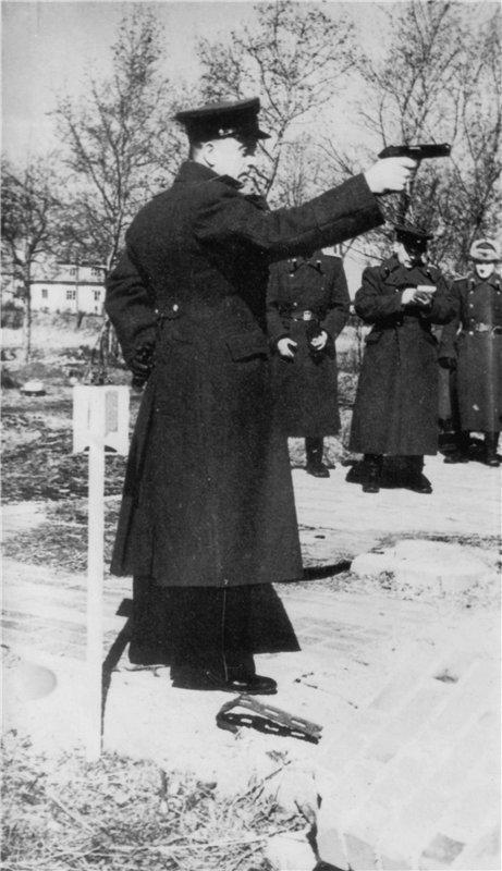 В преддверии 9 мая. Как освобождали Тарту 9 мая, байки, текст, ветераны, герои, танкист, истории, длиннопост