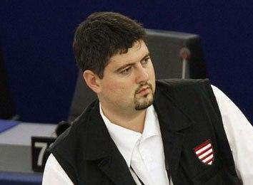 Несколько лет назад видный венгерский нацист и антисемит, член Европарламента Csanad Szegedi вдруг узнал, что он – еврей Нацисты, Евреи, Historyporn