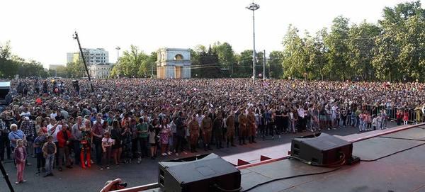 Молдова отмечает День Победы 9 мая, молдова, длиннопост