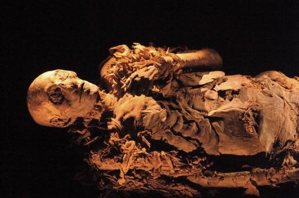 Мумия и мумиё. Трагедия египетских правителей Древний Египет, Пирамида, Храм, Фараон, Мумия, Египтология, История, Археология, Длиннопост