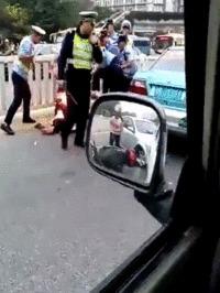 Тушение погорельца по-полицейски