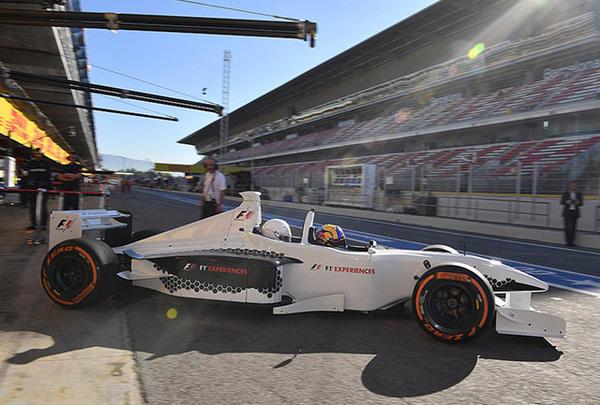 Двухместный пепелац от Minardi на Гран-При Испании. Формула 1, Minardi, Гран-При Испании 2017, Интересное