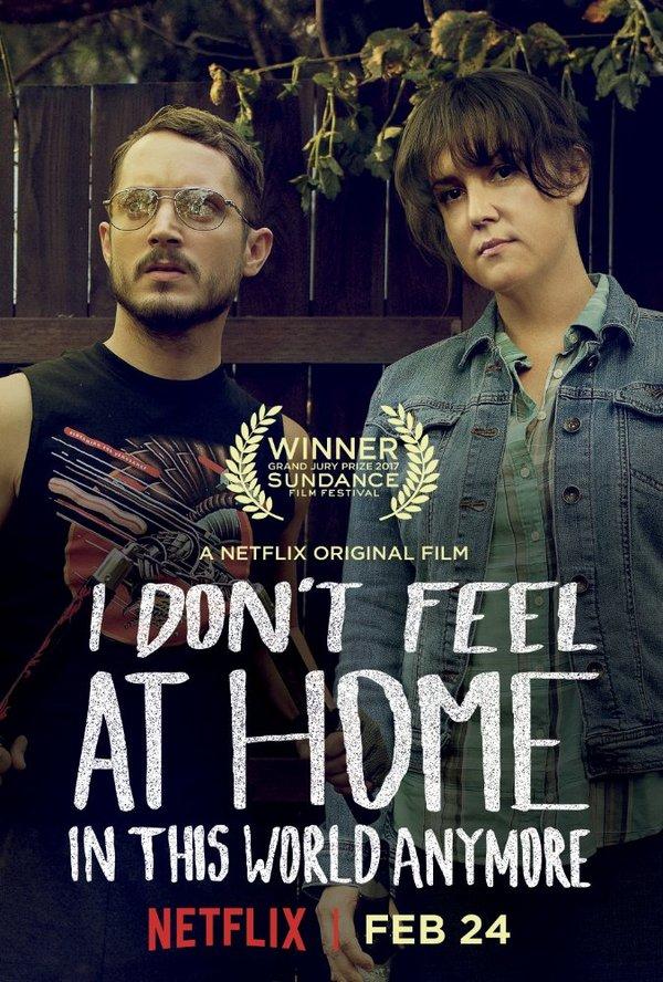 """Советую посмотреть фильм """"В этом мире я больше не чувствую себя как дома"""" Советую посмотреть, Элайджа вуд, Мелани Лински, Черный юмор, Стеб, Не для детей, Фильмы"""
