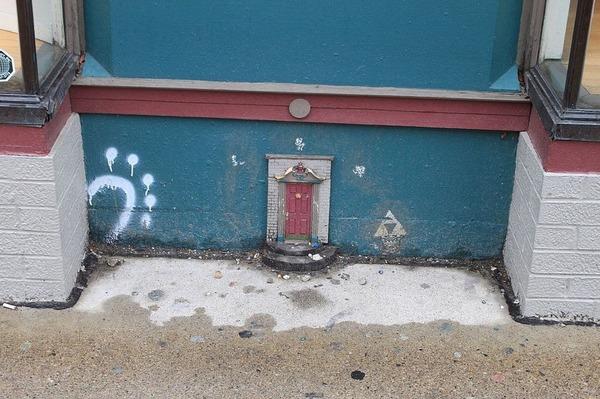 Отличная задумка. Сказочные двери Анн-Арбор. Фея, сказка, Интересное, архитектура, достопримечательности, zanamiclub, длиннопост