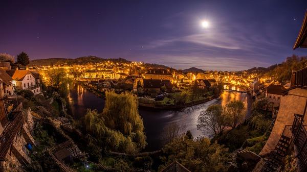 Ночь, Чески-Крумлов, Чехия.