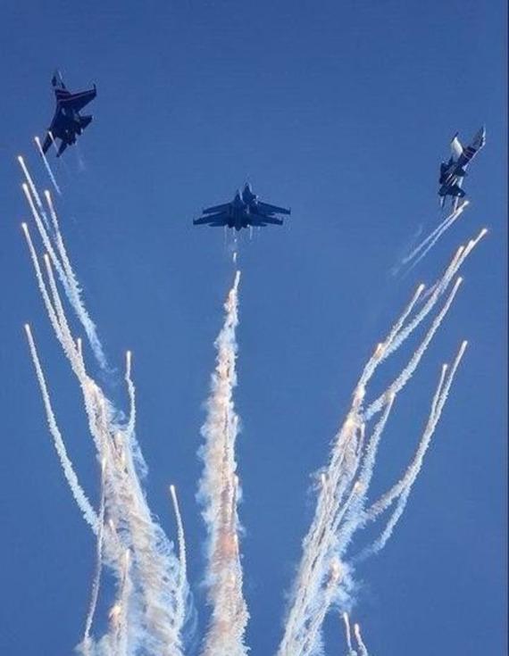 Высший пилотаж Русские Витязи, ангел, Высший пилотаж, гифка, фотография, СУ-27, длиннопост