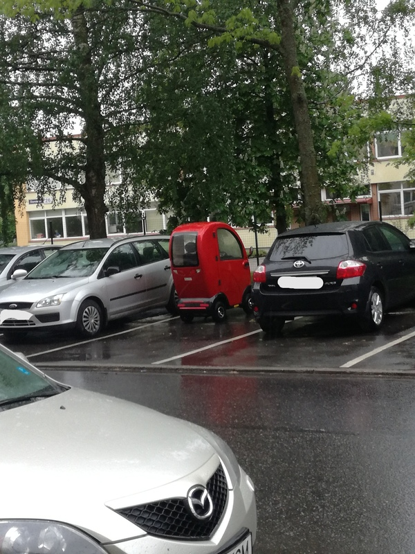 Вот такой чудо-мобиль был найден во дворах Таллинна Чудо машина, Таллин, Машина, Моё