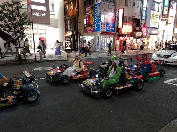Ночная Сибуя япония, Марио, Токио