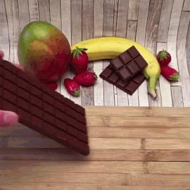 Шоколадные конфеты с фруктами