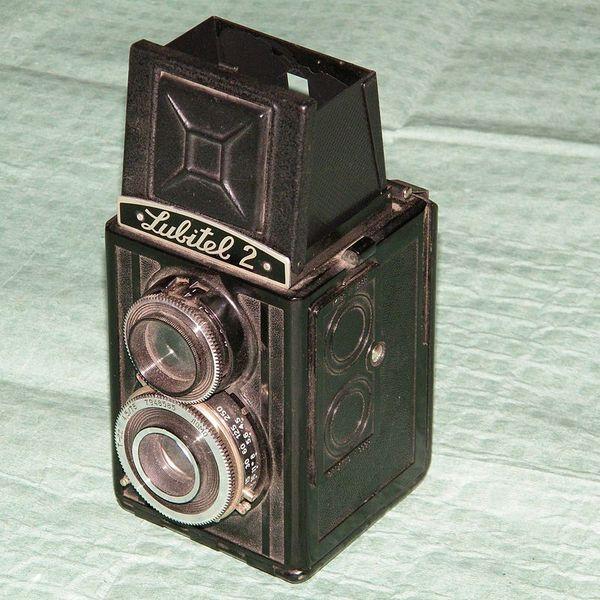 Двухобъективный пленочный фотоаппарат или как я заглянула в антикварный магазин в Питере фотография, фотопленка, пленка не умерла, Фотоаппарат, пленочные фотоаппараты, сделано в СССР, длиннопост