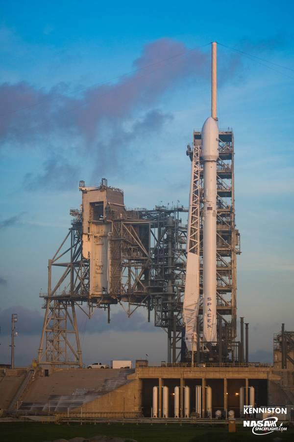 SpaceX произвели повторный запуск первой ступени SpaceX, Falcon 9, BulgariaSat-1, Многоразовая ступень, космос, видео, длиннопост