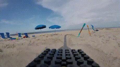 Горки из lego на пляже lego, горка, пляж, Интересное, гифка