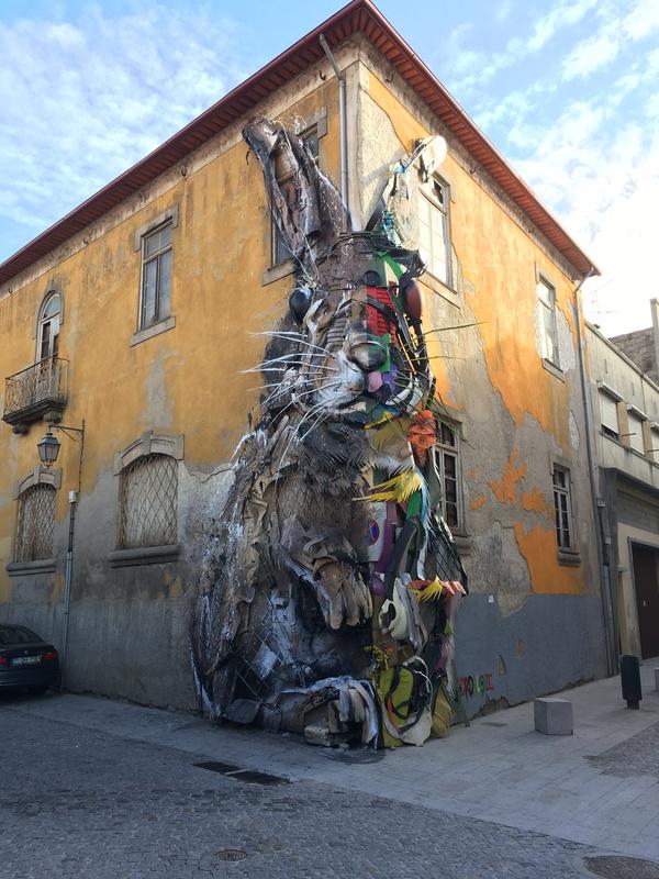 Мусорный стрит арт стрит-арт, Португалия, мусор