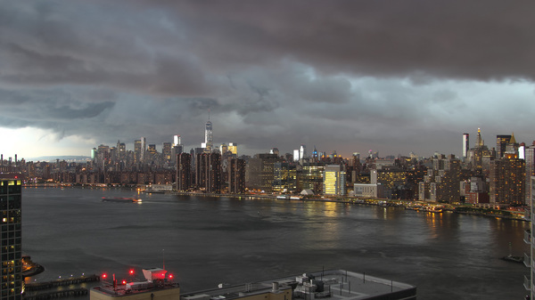 Когда живёшь на 37 этаже — Город перед грозой Нью-Йорк, погода, гроза, манхэттен, облака, Америка