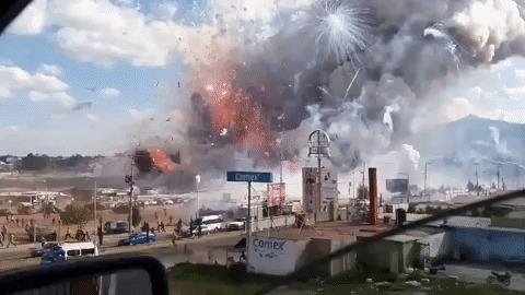 Рынок фейерверков в Мехико Фейерверк, Мексика, Пожар, Гифка, Видео