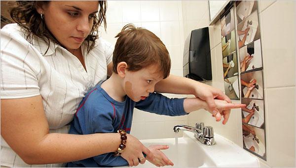 Врачи-педиатры задают эти вопросы, когда подозревают у ребёнка аутизм аутизм, тест, психология, длиннопост