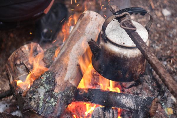 Походный чай. чай, огонь, костер, поход, уют, canon, Гелиос