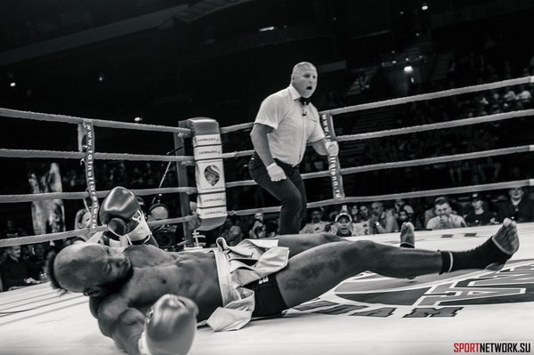 Жесточайший нокаут вторым ударом в бою Tatneft, Дмитрия меньшикова, Нокауты с одного удара, Нокаут, Прокопьевск, Бокс, Тайский бокс