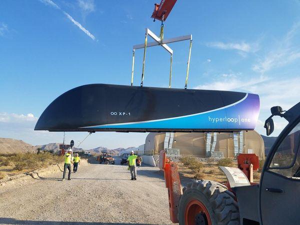 Hyperloop провели первое испытание в ваккуме Гиперлуп, Илон Маск, Hyperloop, Новости, Видео