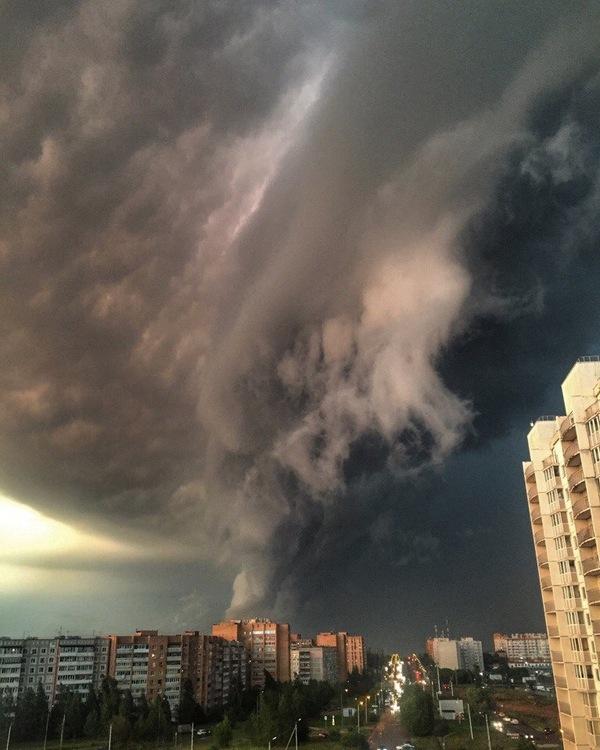 Какая прекрасная погода в моем городе! погода, Калуга, длиннопост, апокалипсис, фотография, Небо, лето