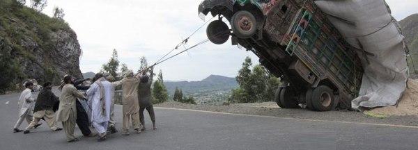 Приручение дикого грузовика. Фото в естественной среде обитания.