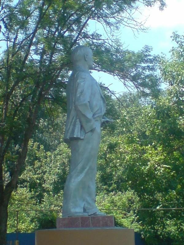 Правильный ракурс Ленин, Памятник ленину, Удачный ракурс