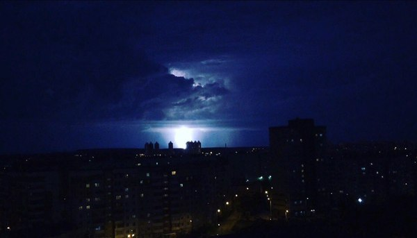 Пятничная гроза в Перми Подборка, фотография, Пермь, Гроза, Погода, длиннопост