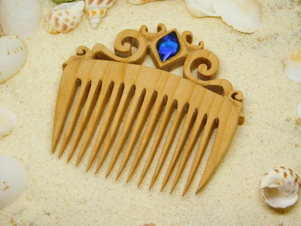 Гребень для волос из дерева с кристаллом Гребень, Рукоделие, Резьба по дереву, Кристаллы, Сваровски, Изделия из дерева, Украшение, Рукоделие без процесса