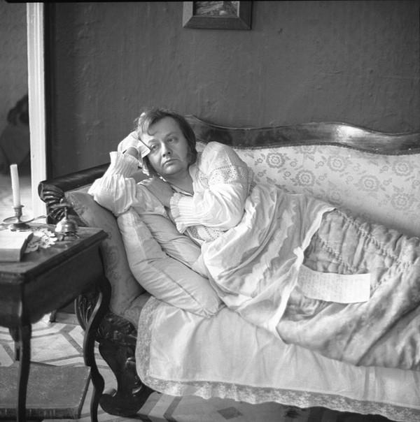Обломов: почему плохо всю жизнь валяться под одеялком? Обломов, Лень, Длиннопост