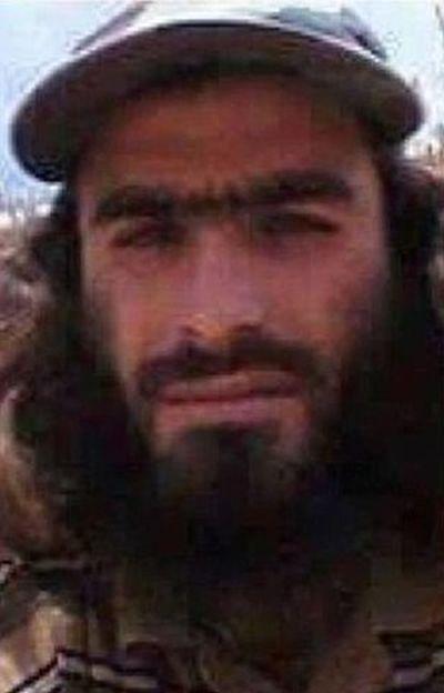 Террорист ИГИЛ пытался покинуть Мосул под видом женщины (2 фото) игил, мосул, террористы, сирия, юмор, женщина