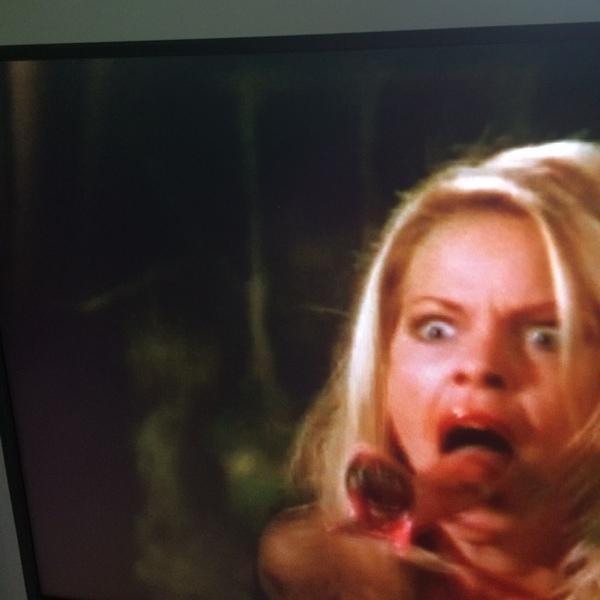 под одеялом видео блонди необычное