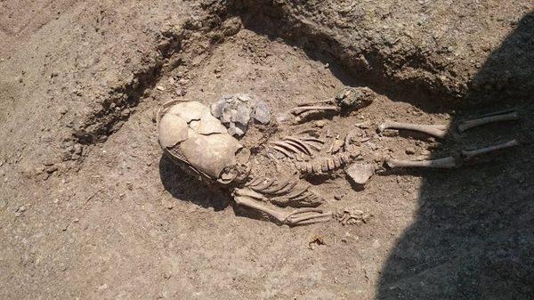 """Если в древней землице хорошо порыться... вот, на днях под Керчью нашли """"пришельца"""" Археология, Крым, Керчь, сарматы, инопланетяне"""