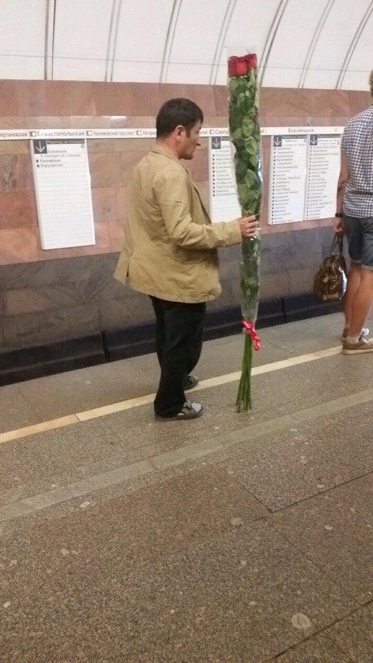Чем длиннее розы - тем больше любовь