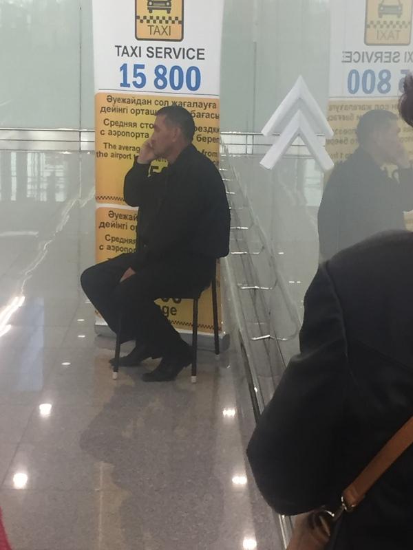 Новая схема от аэропортских бомбил аэропорт, астана, бомбилы, махинация, длиннопост, Казахстан