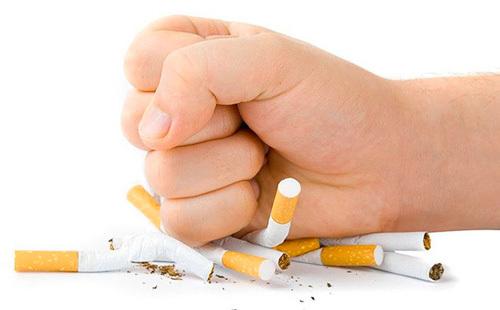В Беларуси Минздрав предлагает запретить курить на балконе новости, Беларусь, сигареты, Закон