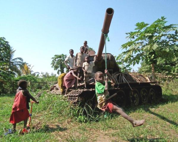Танк Т-34 в Кении