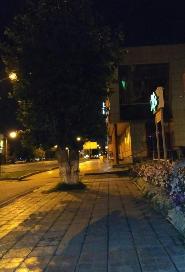 Больше я не пью в этом городе паронормальное, показалось, ночной город, отражение, скример, длиннопост