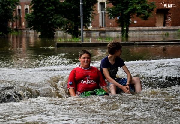 Когда вокруг потоп...(а дальше придумайте сами) Уссурийск, потоп, лето 2017, приуныл, мемы, а мне норм