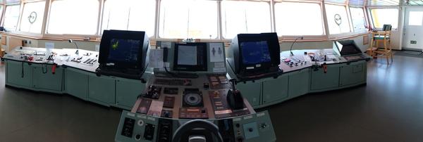 Экскурсия по навигационному мостику здоровенного танкера. Часть 2. кораблятская жизнь, штурман, моряк, работа, рабочее место, техника, электроника, навигация, длиннопост