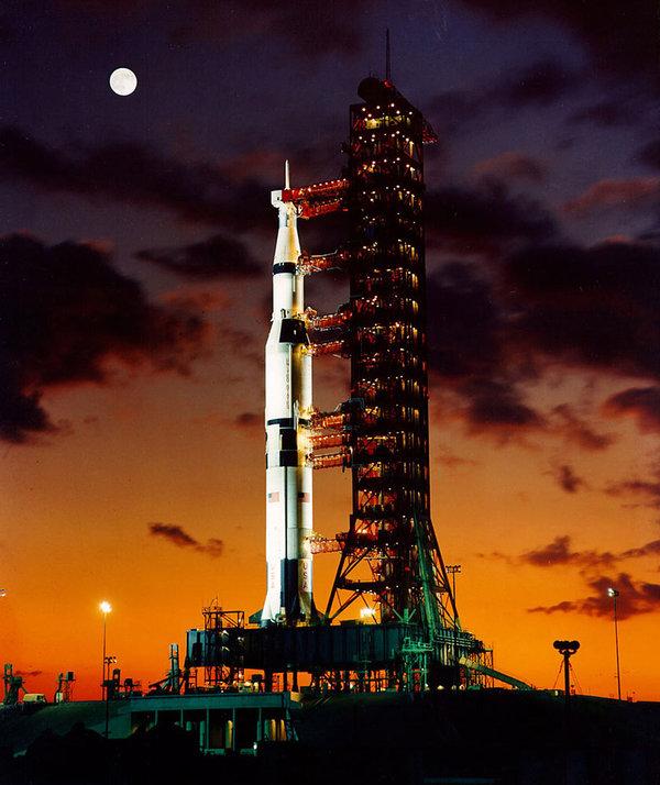 Американцы на Луне: прорыв или афера? космос, луна, космонавтика, американцы, афера, политика, видео, длиннопост
