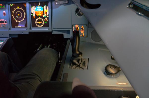 """Как пилоты управляют самолетом """"одной левой""""? denokan, Авиация, длиннопост"""