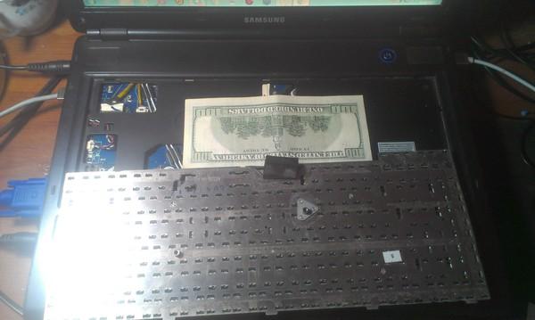 Сюрприз. ноутбук, Клавиатура, заначка