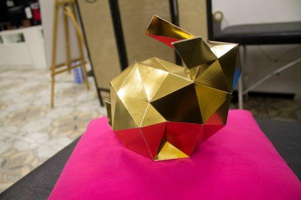 Пятничное мое. Сделал из остатков фольгированной бумаги. Кролик, Papercraft, Пятница