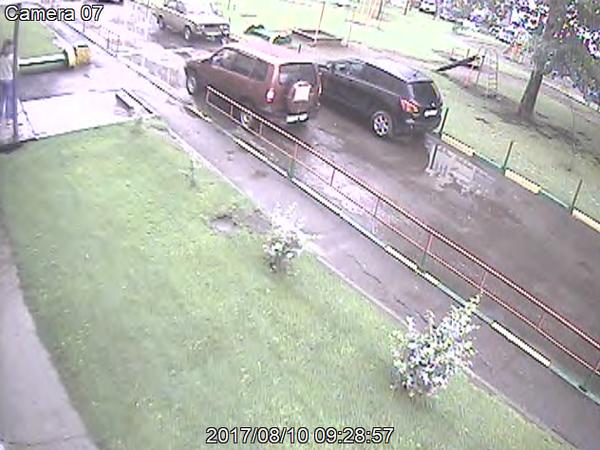 Помял машину во дворе и скрылся ДТП, Барнаул, свидетели дтп, шнива, длиннопост, видео