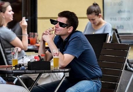 На улице запрещено пить, в кафе запрещено курить... юмор, Просто мысля, Шредингер
