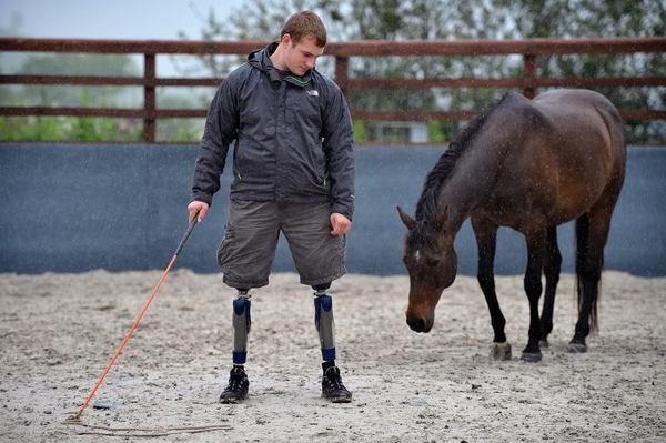 HorseBack UK лошадь, инвалид, иппотерапия, Интересное, Великобритания, благотворительность, военные, длиннопост