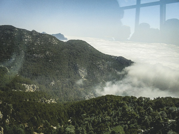 С турецкой горы Tahtali открывается чудесный вид на облака Турция, горы, вид, облака, длиннопост